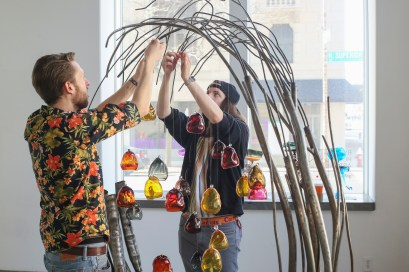 BGSU students Jacob Jones, left and Nick Welker assist during the installation of the show by Kazuki Takizawa. The Los Angeles-based, Japanese artist is opening his first exhibition of glassworks in Toledo on Friday, March 15, 2019 at the River House Arts Gallery in the Secor Building in downtown Toledo. THE BLADE/PHILLIP L. KAPLAN — Kazuki14