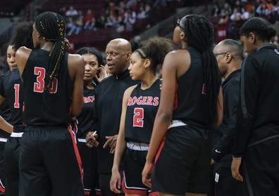 Rogers head coach Lamar Smith gives instructions during a time out against Dayton Carroll during a girls Division II State Championship basketball game Saturday, March 16, 2019, at the Jerome Schottenstein Center in Columbus, Ohio. Rogers defeated Carroll, 56-45.THE BLADE/JEREMY WADSWORTH SPT D2stateGBK17