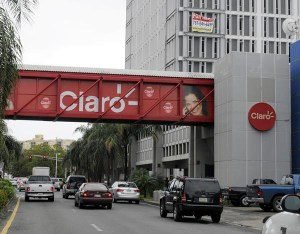 Claro is freezing consumer rates for the rest of the year. (Credit: © Mauricio Pascual)