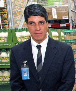 Ivan Báez, Walmart Puerto Rico's director of corporate affairs.