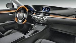The ES 300h shown in  black leather and bamboo trim, with the luxury and navigation system packages. (Credit: www.lexus.com)