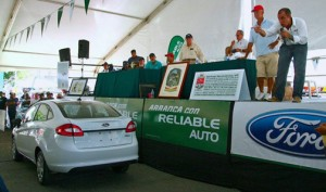 Ford Dealers auctioned off a 2013 Fiesta in benefit of the Alliance for a Drug-Free Puerto Rico.