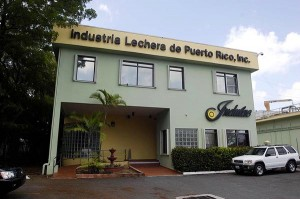 Indulac officials announced several initiatives to expand consumption of excess milk produced in Puerto Rico. (Credit: © Mauricio Pascual)