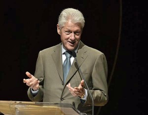 President Bill Clinton said Puerto Rico should strategize, along with its Caribbean neighbors, on freeing itself from its deep reliance on oil to generate power. (Credit: © Mauricio Pascual)