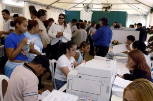 Puerto Rico's high unemployment rate could use a boost from re-employment funds. (Credit: © Mauricio Pascual)