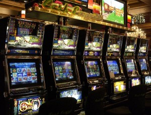 Legitimate casinos are also hurting — mainly because of the proliferation of illegal slot machines, the difficult economic situation and the rigidity of Puerto Rico's gaming law. (Credit: © Mauricio Pascual)