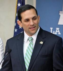 PRASA Executive Director Alberto Lázaro.