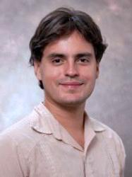 Dr. Daniel Colón (Credit: www.cienciapr.org )