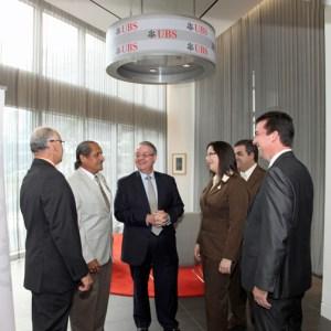 Fron left: Víctor Flores, Coop San Blas; José L. Cardona, Coop San Blas; Francisco J. Rodríguez-Castro, UBS; Hernando Sánchez, Coop San Blas; Coraly Aponte, Coop San Blas; and Gerardo Latimer.