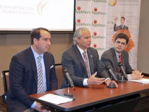 From left: Executive Jorge Colón-Gerena, Economic Development and Commerce Secretary Alberto Bacó and Puerto Rico Trade Executive Director Francisco Chévere.