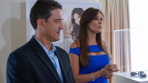 From left: Walmart Puerto Rico Chief Jaime Fernández and Puerto Rican television personality Giselle Blondet during the presentation Thursday.