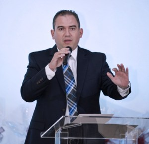 Daniel Del Castillo, director of HealthSouth San Juan, located within the premises of the Medical Center.