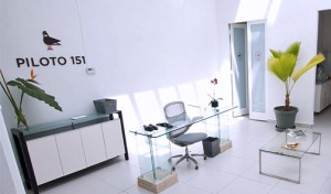 Piloto 151 provides a working environment for entrepreneurs, developers, professionals and freelancers that is conducive to innovation, creativity and collaboration.