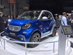 Mercedes-Benz redesigned Smart fortwo model.