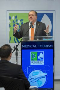 Guillermo Martín, vice president of operations of the Metro Pavía Health Systems.