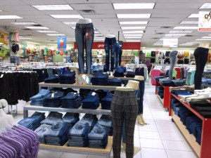 The Plaza Centro store will occupy a 10,000 square-foot space and will create 35 jobs.