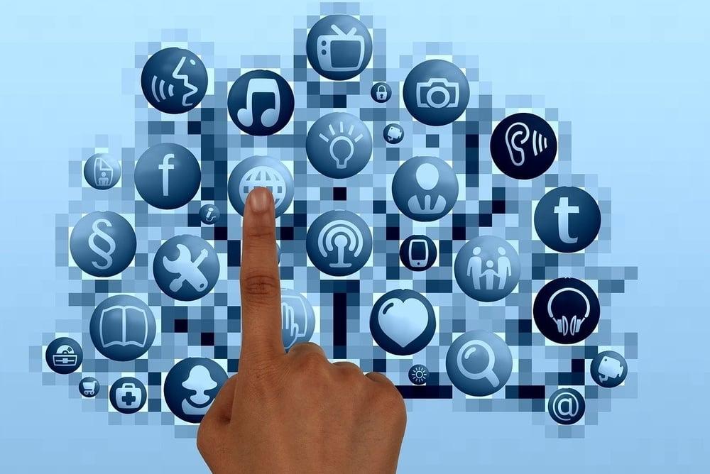 Solidarietà Digitale, strumenti e servizi online gratuiti per la Scuola