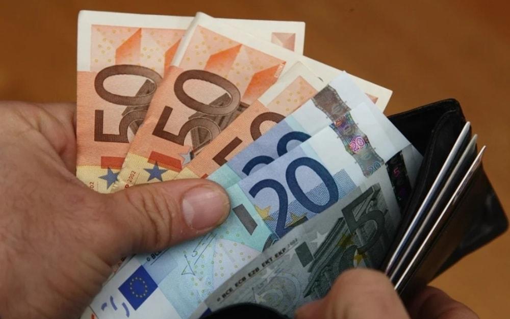 Supplenti Covid: il 25% non ha ancora ricevuto uno stipendio
