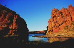 Alice-Springs-to-Uluru-Ayers-Rock-via-Kings-Canyon-Tour-3-Day-Short-Break-in-Alice-springs