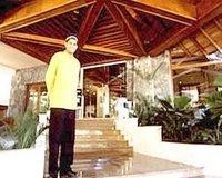 Earls Regency Hotel, Kandy, SriLanka 1