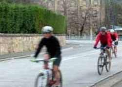 hobart-cycling-and-kayaking-adventure-tour-in-hobart