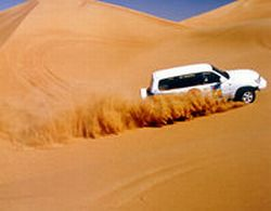 private-4x4-adventurer-safari-including-sandboarding-in-dubai-2