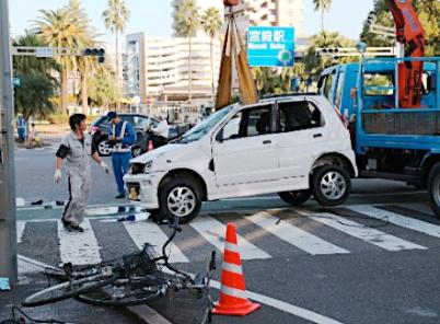 宮崎駅前 交通事故 原因 理由 老人 運転手