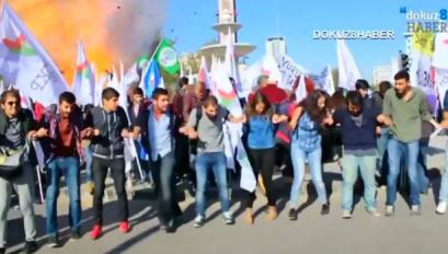 トルコ 爆発 自爆テロ