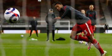 Klopp's Liverpool transfer need clear as Gini Wijnaldum 'agrees Barcelona deal'