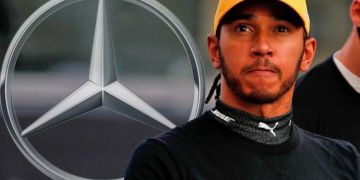 Lewis Hamilton 'grumpy' over Mercedes contract as doubts cast over F1 star's future