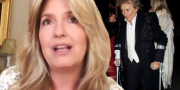 Rod Stewart still using crutches 4 months after surgery as wife Penny gives health update