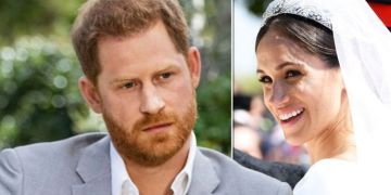Harry likely to make 'tiara befitting a royal' up to £2m for Meghan: 'Stands to reason'