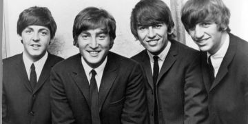 The Beatles: John Lennon 'collapsed laughing' over band's iconic style