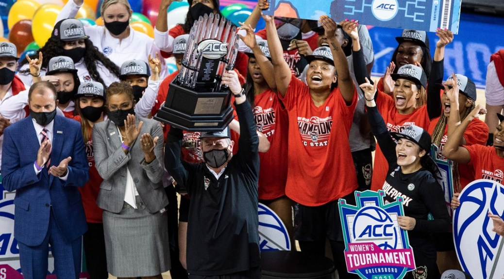 Stanford, UConn, NC State, S. Carolina earn No. 1 seeds in women's tourney