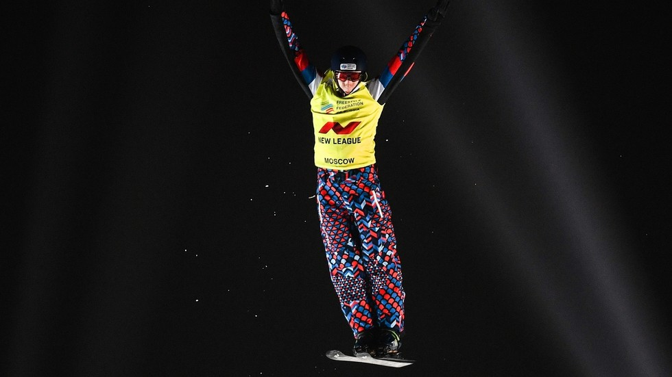 WATCH: Russian freestyle skier Maxim Burov's astonishing mid-air acrobatics strike gold again with World Championships win (VIDEO)