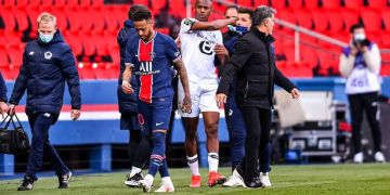 Neymar sparks tunnel row after red card in PSG's damaging loss to Lille