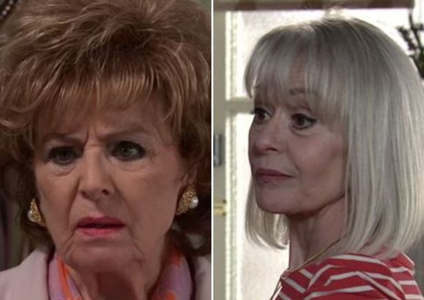Corrie's Sharon ruffles fans who urge Rita to 'avoid the trap'