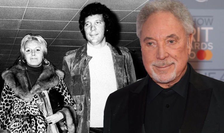 Tom Jones shares his 'guilt' five years on from wife Linda's death: 'Did I do enough?'