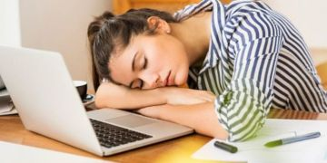Exhaustion symptoms: 5 signs you are exhausted and not just tired