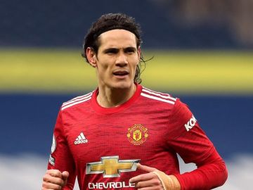 Edinson Cavani 'won't sign Man Utd contract' as Boca Juniors move edges closer