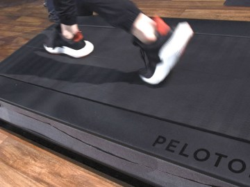 As Peloton faces scrutiny over safety of its treadmills, RT's Boom Bust looks into the firm's potential legal liabilities