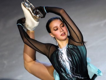 'Stop asking me!' Russian figure skating boss reacts fiercely to questions over Alina Zagitova's return