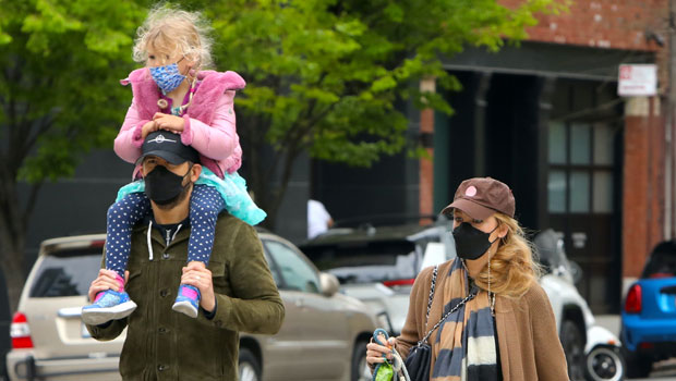 Ryan Reynolds Carries Daughter, 4, On His Shoulders During Cute Family Stroll With Blake Lively