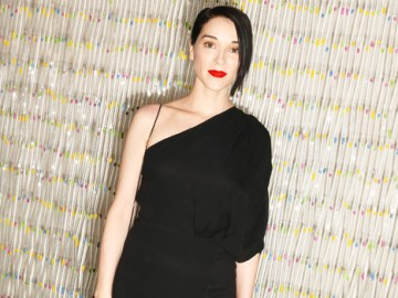 St. Vincent: 5 Things To Know About 'SNL's Musical Guest This Week