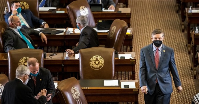 Texas lawmakers are working on an incomplete budget
