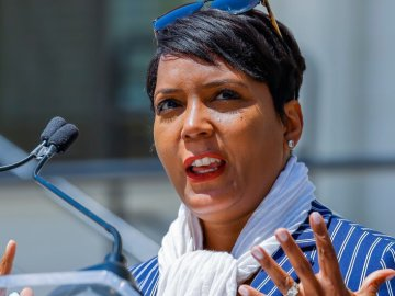 Atlanta Mayor Faces Criticism Over 'Covid Crime Wave'