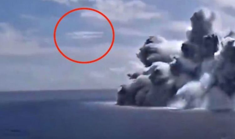 UFO supposedly spotted near US Navy boat explosion - '100 percent proof'