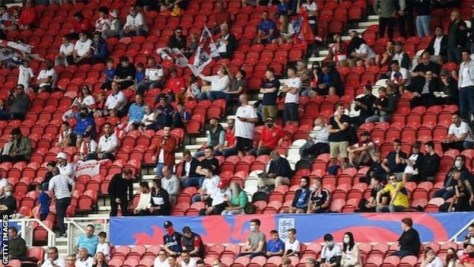 Fans at Wembley stadium have to provide proof of vaccination