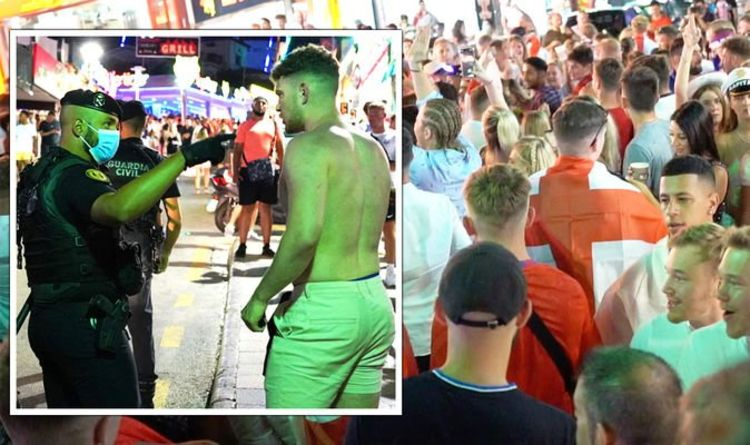 England fans pepper-sprayed by Spanish police -brutal crackdown on jubilant Euro 2020 fans