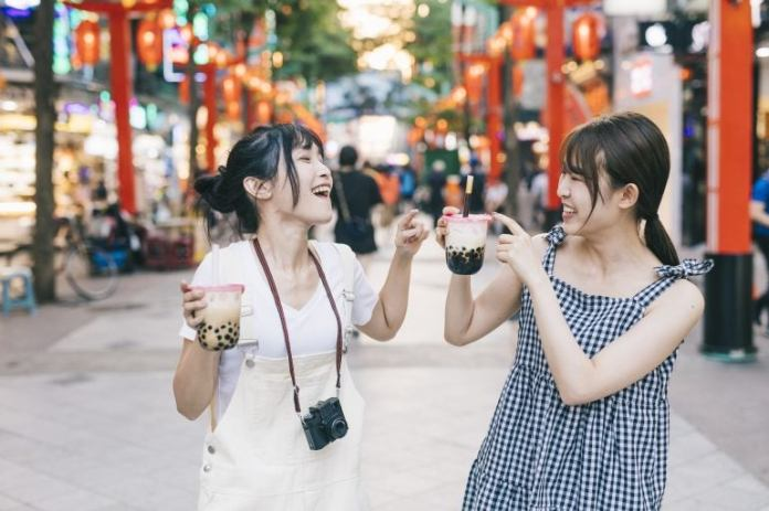 You can still have fun while being a frugal traveler